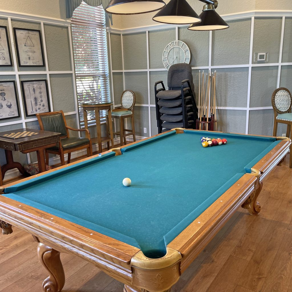 pooltable 1